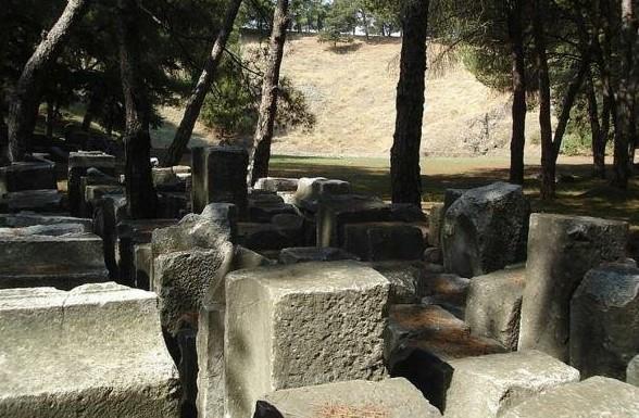 کشف معبد باستانی در یونان