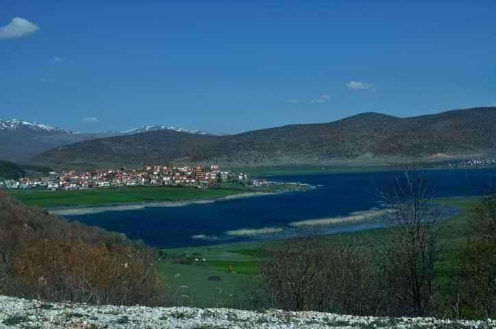 دریاچه های یونان